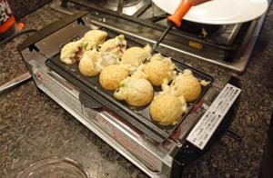 Takoyaki Turning 1